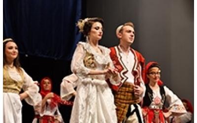 Zafer Halk Oyunları Derneği Düğün Gösterisi ( Dita e Kultures Shqiptare )