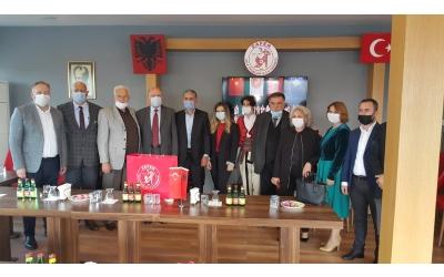 Arnavutluk Cumhuriyeti Ankara Büyükelçisi Sayın Kastriot ROBO Derneğimizi Ziyaret Etti.